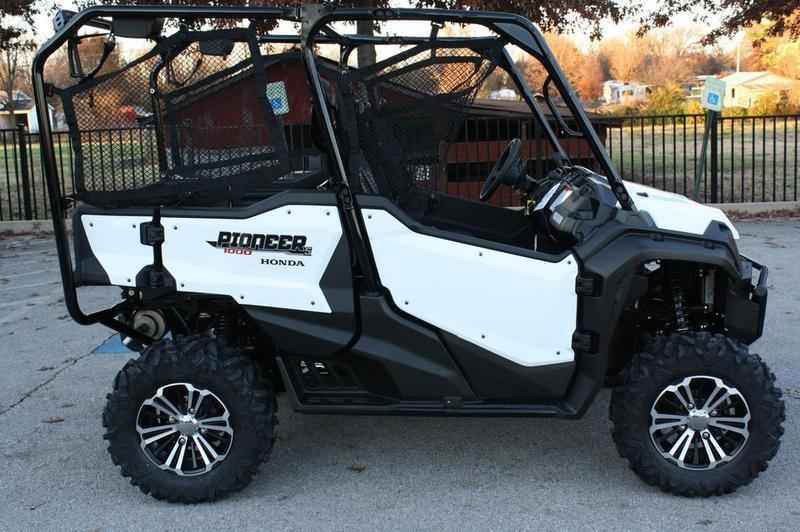 new 2016 honda pioneer 1000 5 deluxe atvs for sale in arkansas on atv trades. Black Bedroom Furniture Sets. Home Design Ideas