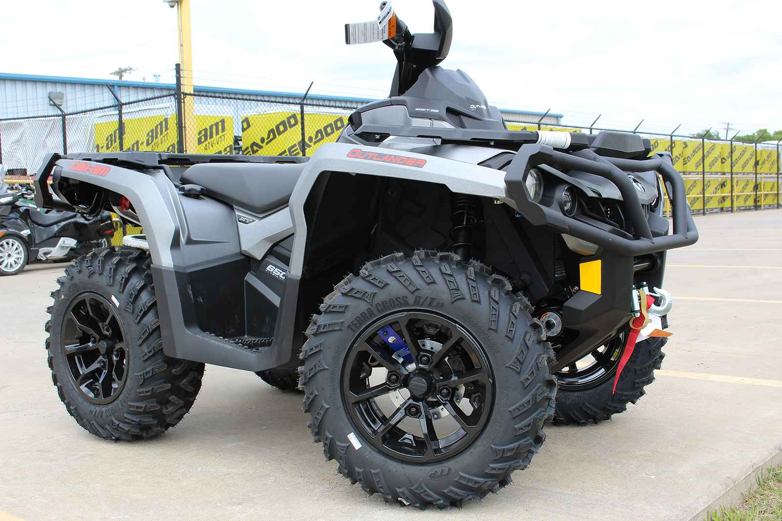 new 2017 can am outlander xt 650 atvs for sale in texas on. Black Bedroom Furniture Sets. Home Design Ideas